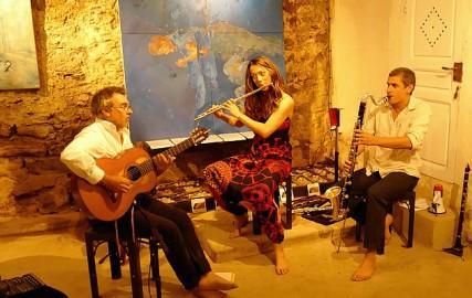 Antoinette Trio