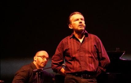 Perez chante Aragon